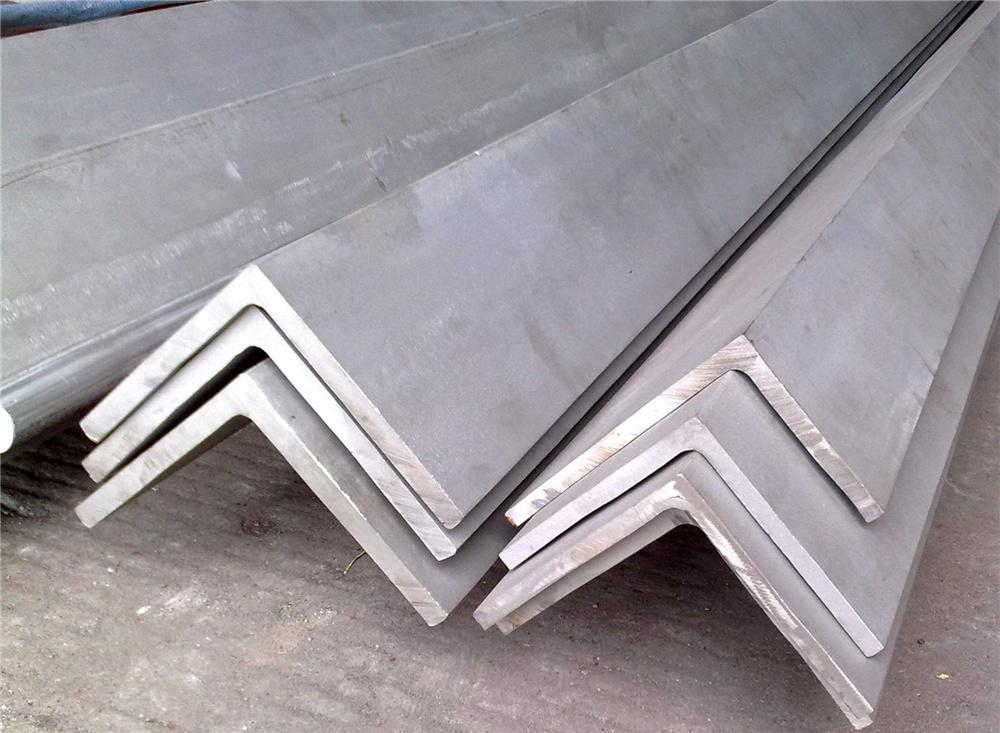 galvanis chaud angle fer acier fer angle acier equerres en acier id de produit. Black Bedroom Furniture Sets. Home Design Ideas