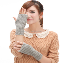 Fashion Cable Knit Grey Acrylic Gloves with Rhinestones