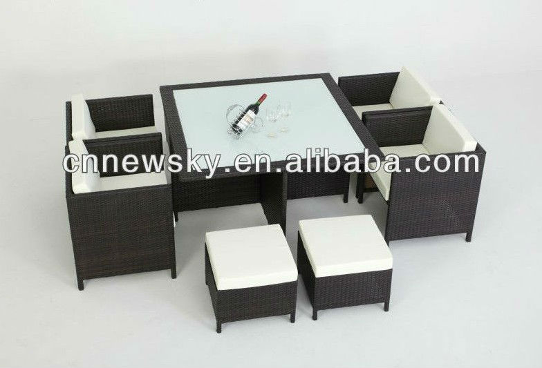 superbe salon de jardin en resine encastrable luxe poly. Black Bedroom Furniture Sets. Home Design Ideas