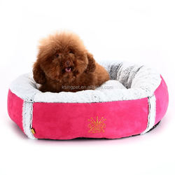 plastic pet carrier with wheels and trays