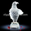 Large white eagle de trofeos y premios, estatua