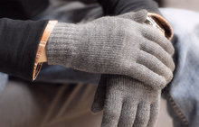 good quality knitting touchscreen glove for iphone