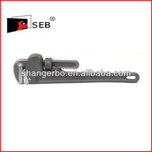 Forged 90 'Bent nose pipe wrench