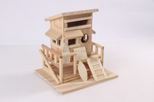 China manufacture for wooden indoor and outdoor bird house parrot house