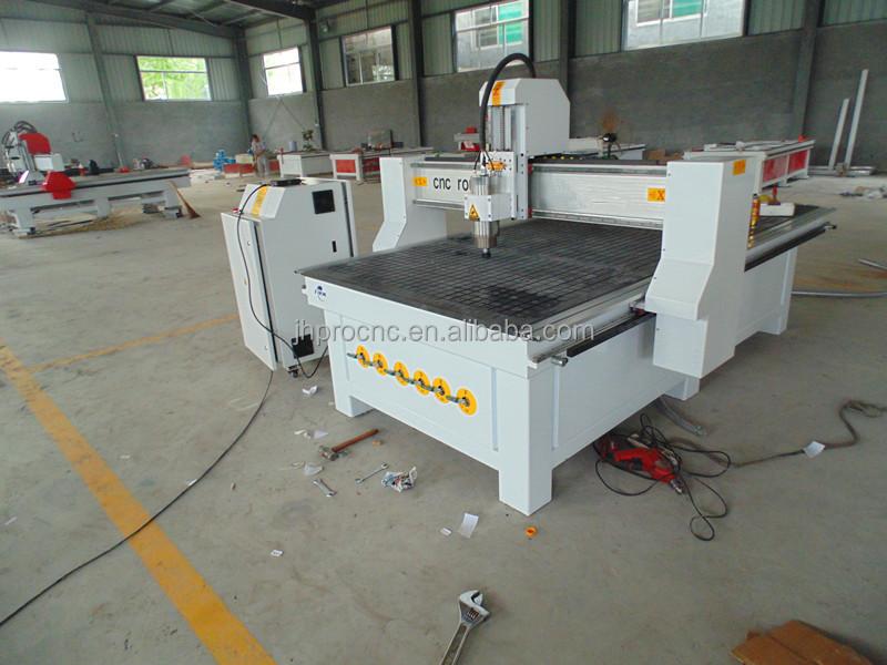 Cnc Machine de découpe avec bois de routeur CNC Machine de  ~ Cnc Decoupe Bois