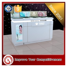 Safe Beautiful and Promotional cosmetic counter display for skin care promotion
