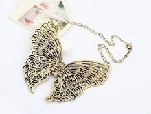 2015 European and American fashion classic short section of metal butterfly necklace