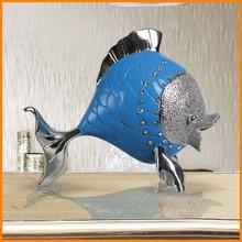Spot plating factory loving couple kissing fish ornaments European resin crafts ornaments