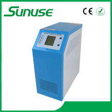 100% full power solar inverter with built-in charge controller 700W with eas to install and overloads protection