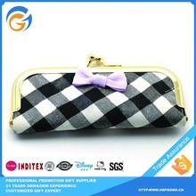 Portable Custom Korean Grid Seal Clutch Bag