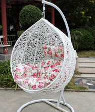 2015 New modell synthetic rattan hanging chair/wicker egg chair/rattan hanging chair with steel frame