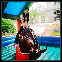Attraction NEWEST high quality mobile sport crazy bull riding machine