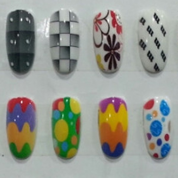 printed artificial nails 3
