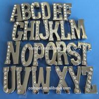 Produce Wholesale Zinc Alloy Half Side Diamonds DIY 18mm Rhinestone Alphabet Slide Bracelets Letters