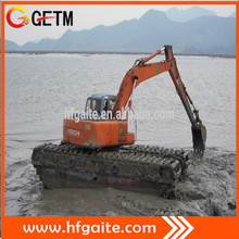 Heavy construction machinery amphibious excavator for river dredging