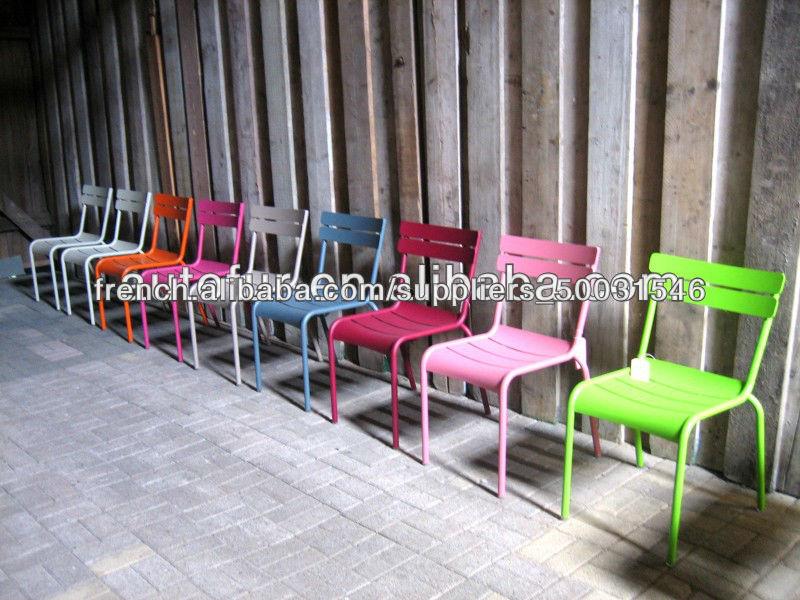 Chaises luxembourg color s pont de jardin en m tal for Fermob jardin du luxembourg