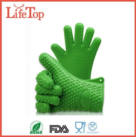 FDA LFGB Approved Silicone Heat Resistant BBQ Grilling Gloves