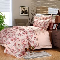 Luxury king size european commercial bed linen hand made home use embrodiery bed linen