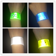 glow in the dark colorful cool reflective wristband for christmas activity