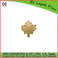 Custom high quality hot gift Canadian Gold Maple Leaf Lapel Pin