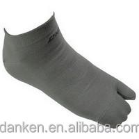 Taiwan high quality adult fashionable custom toe socks