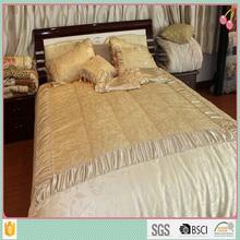 wholesale Chinese satin jacquard plain color quilt high quality wedding bedding set