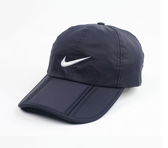 כובע נייק