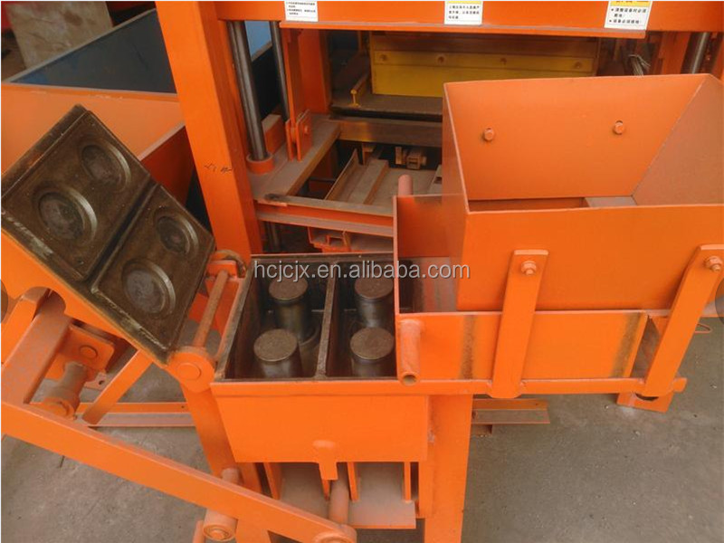 Blocks Interlocking Press Earth Us : Qmr machine de brique manual hand press