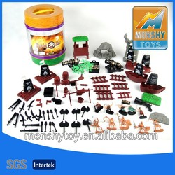 2015 hot sell small plastic pirate toy set/68pcs playing toy set