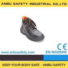 puntera de acero de la construcción y los zapatos de trabajo de la placa