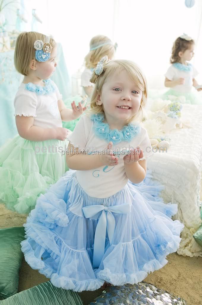 Дешевые платья для девочек с пышными юбками