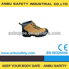 2013 popular UK casual sport style anti-hit shock resistant safety trainer
