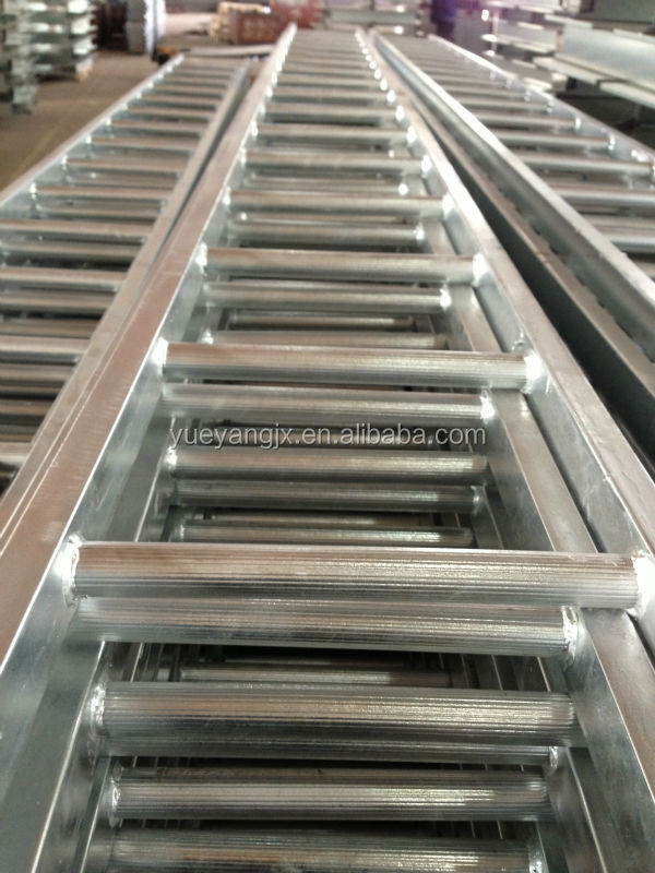 Steel Scaffolding Ladder : Galvanized steel scaffolding ladder with classic design