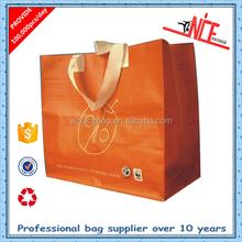 Cartoon paper gift bags plain white cotton laminated plastic standard size canvas tote bag