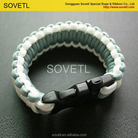 Different types of paracord bracelet with logo from china factory