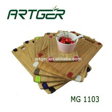 2015 Eco - friendly bamboo cutting board with silicone feet