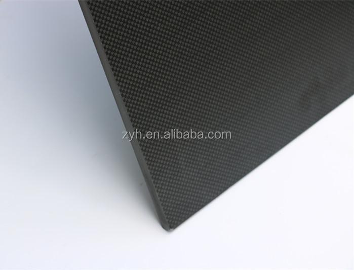 500*500mm 3k dimi parlak karbon tekstolitler