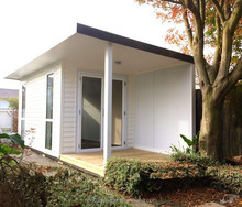 Waterproof prefabricated modular house / holiday beach house for sale
