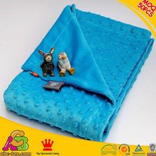 2015 newest design MOQ 50PCS hot sale SGS checked printed microfiber minky knee blanket