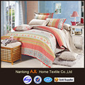 لون مشرق 200tc الصباغ تصميم أغطية السرير المطبوعة المسافر
