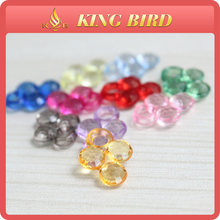 Glittering and translucent colorful fashion of buying glass bead
