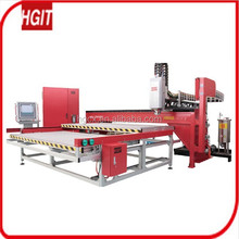 Low pressure injection machine for foam sealing