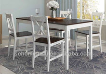 solid pine wood /one table and four chairs / dining room furniture
