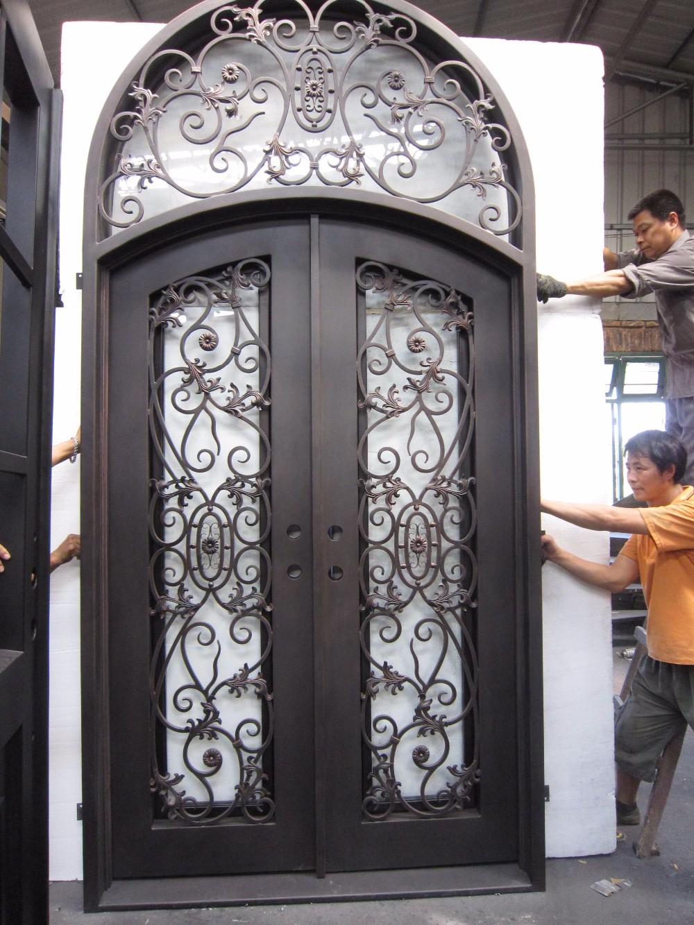 arco superior de doble parrilla de hierro forjado puerta de hierro puerta de entrada
