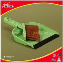 Small size plastic desktop cleaning brush dustpan home cleaning set