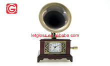 Zinc alloy brown Small Phonograph Design Table Clock
