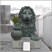 Large Metal Outdoor Brass Lion with Ball Statue Sculpture for Sale