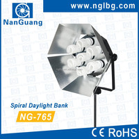 NanGuang NG-765 Spiral Daylight Bank Studio Light