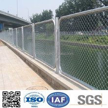 High Quality PVC Coated Chain Link Wire Mesh Gate