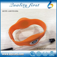 Adjustable Sillicone T5577 TK4100 Access Wristband/ Bracelet for Event Access Control